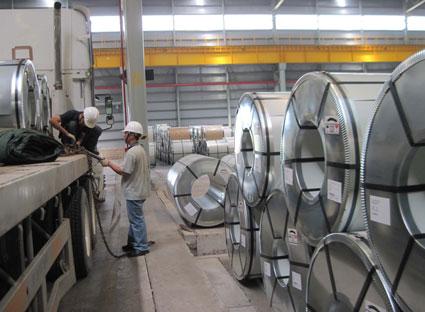 Trong 8 tháng, Hoa Sen bán gần 790.000 tấn tôn mạ