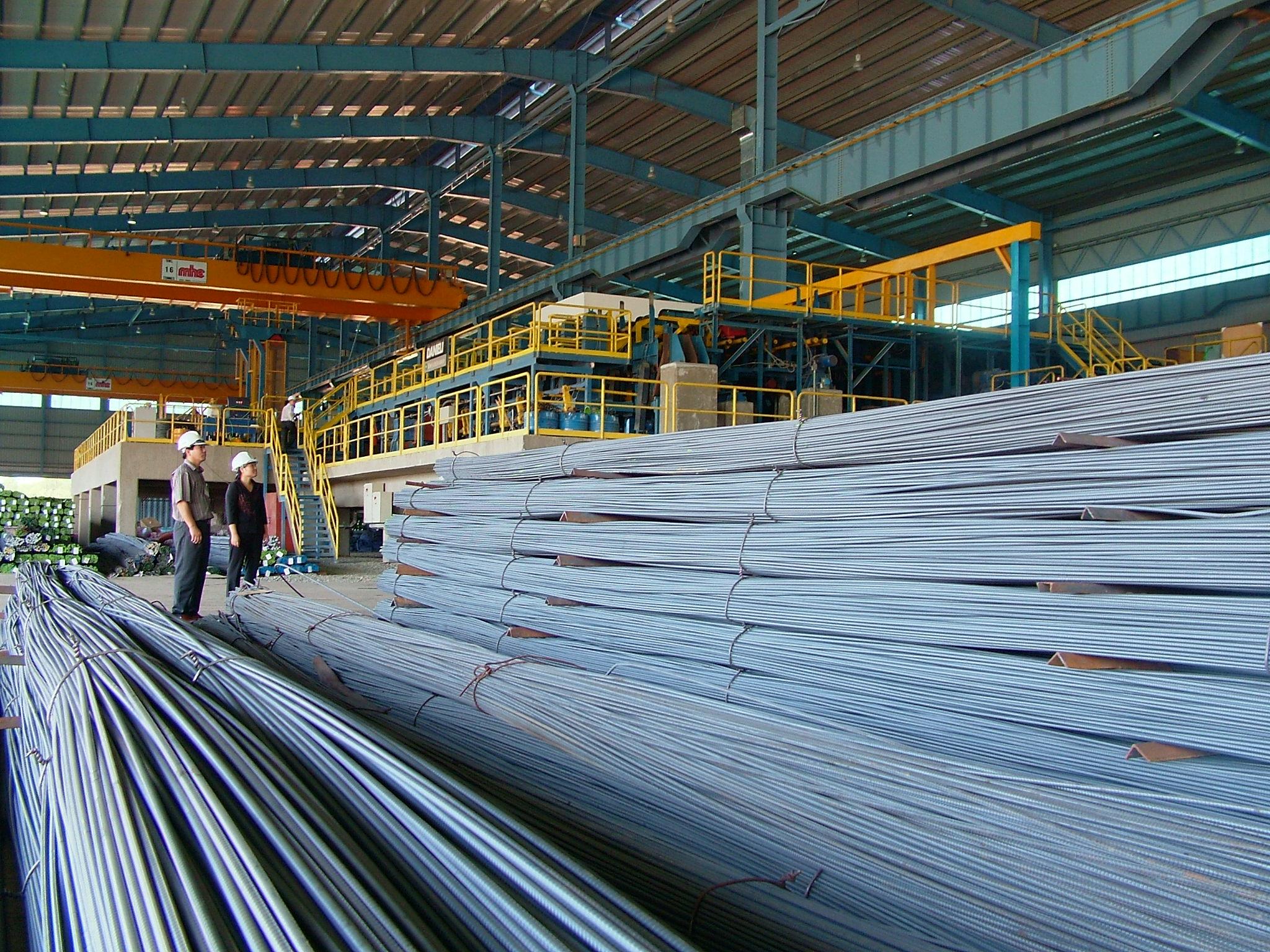 Việt Nam nhập 7,3 triệu tấn sắt thép từ Trung Quốc